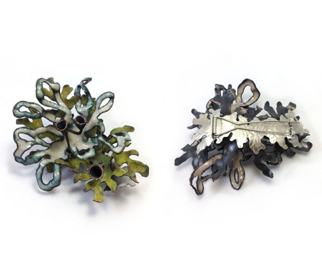 4 brooch front and back